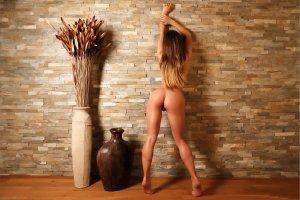 stefani, kaleesy, carin e, brunette, vases, naked, pussy, labia, ass, hi-q_4000_2668.jpg