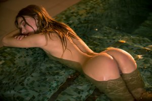sea rose, playboy, ass, wet, pool, tanned, wet hair, kaleesy, carin e, stefani_2739_1826.jpg